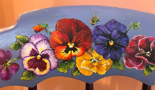 Pansy Chair with Butterfly