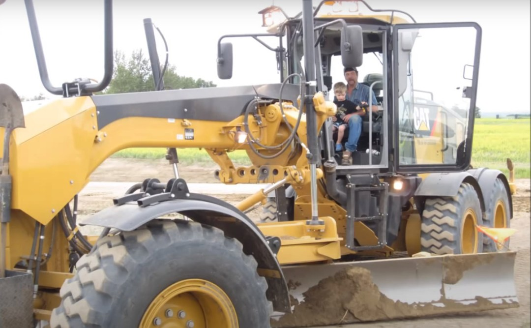 Grader Operator for RM of Turtle River