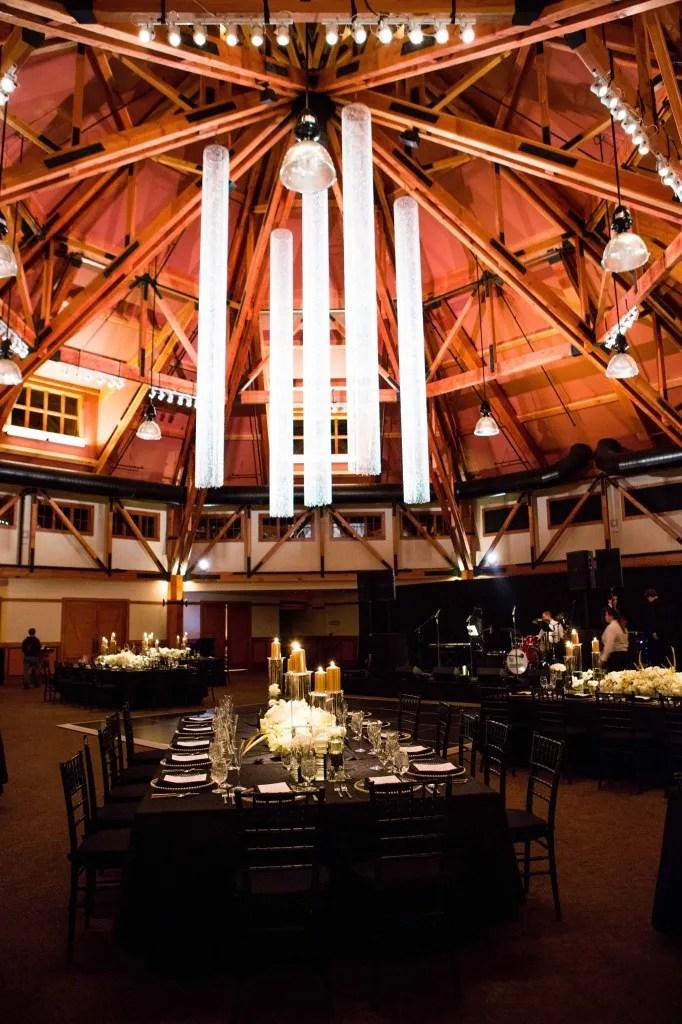 gold wedding room