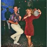 Первые фанаты только что появившегося в эфире 1996 года танца Макарена, г.Андора, Италия