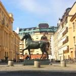 Памятники,скульптурные группы