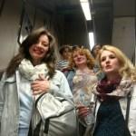 В метро ...