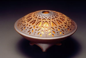 091608_jerry-conrad-pottery-artwork
