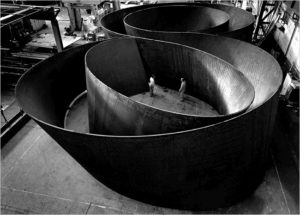 Sequence, (2006) steel sculpture by Richard Serra Lorenz Kienzle photo
