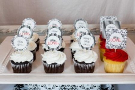 Baby Shower Love Cupcakes