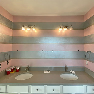 Metallic Glitter Striped Bathroom Finish