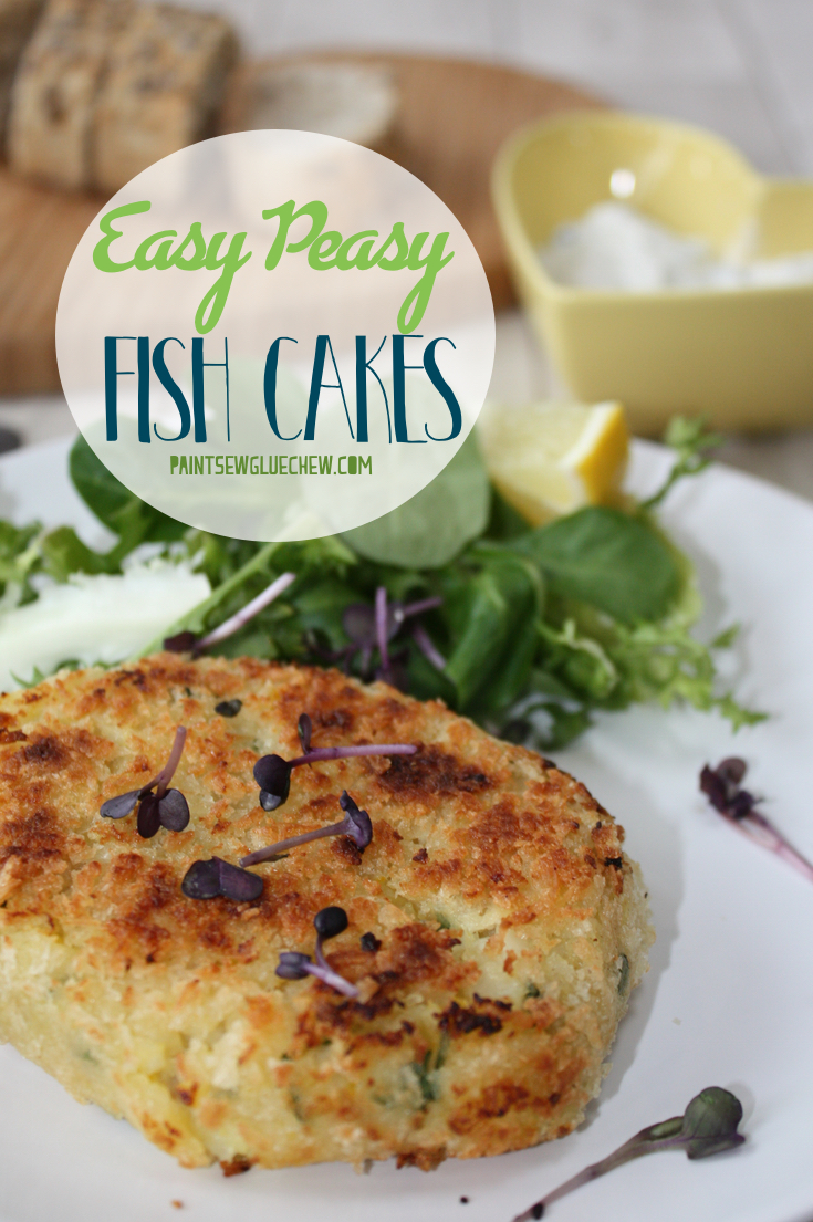 Easy peasy fish cakes paintsewgluechew for Baked fish cakes