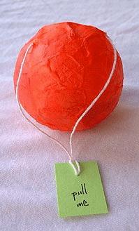 Piñata gift wrap