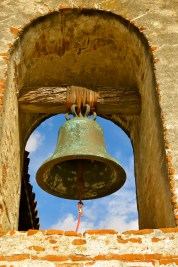 San Vicente bell