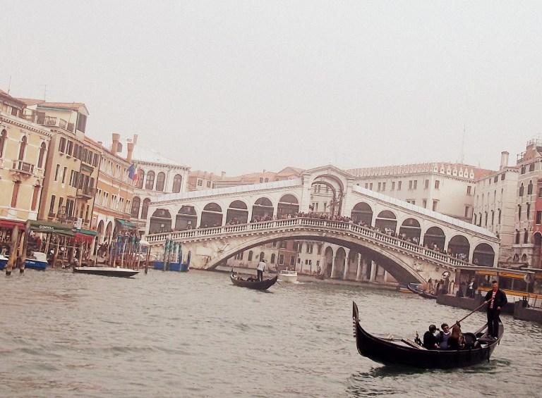 Puente del Rialto en Venecia