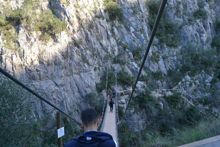 Puentes colgantes en la garganta del Turia