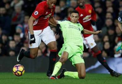 """Klavan Full of Praise for Alexander-Arnold, Klopp Impressed by """"Outstanding"""" Youngster"""