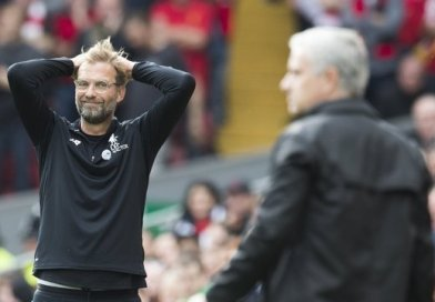 Klopp Bemoans United Tactics, Carragher Has a Completely Different Opinion