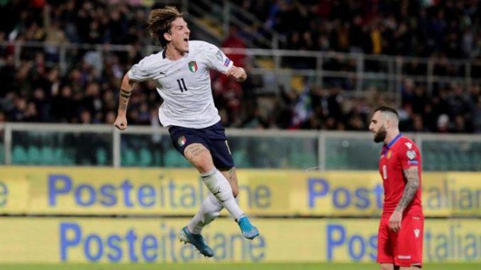 Italy's Nicolo Zaniolo celebrating goal