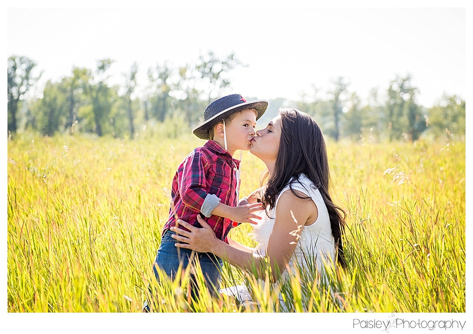 Calgary Family Photographer, Calgary Family Photos, Maternity Photography Calgary, Cochrane Family Photography, Okotoks Family Photography