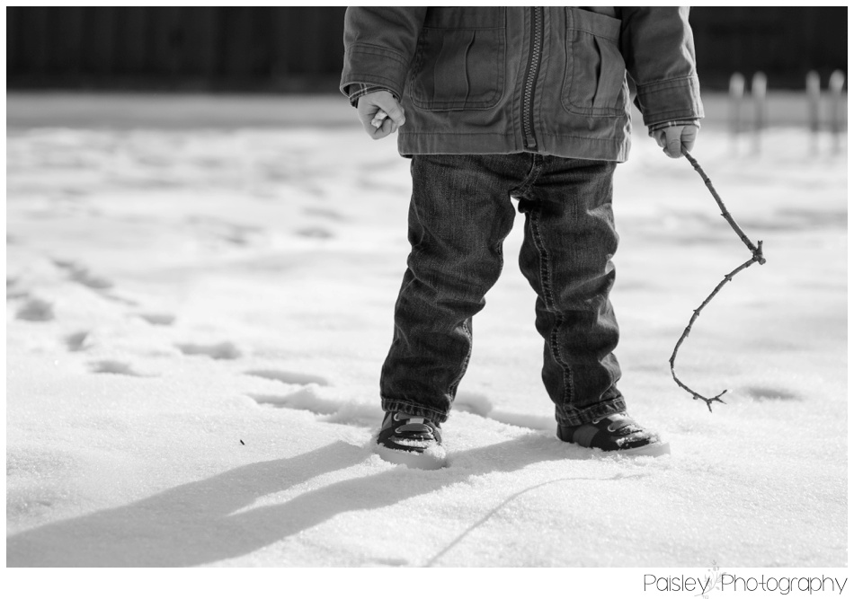 Winter Children's Photography, WInter Family Photography, Winter Family Photos Calgary, Calgary Family Photographer, Cochrane Family Photographer, Family Photography Cochrane, Children's Photography, Children Photography Calgary