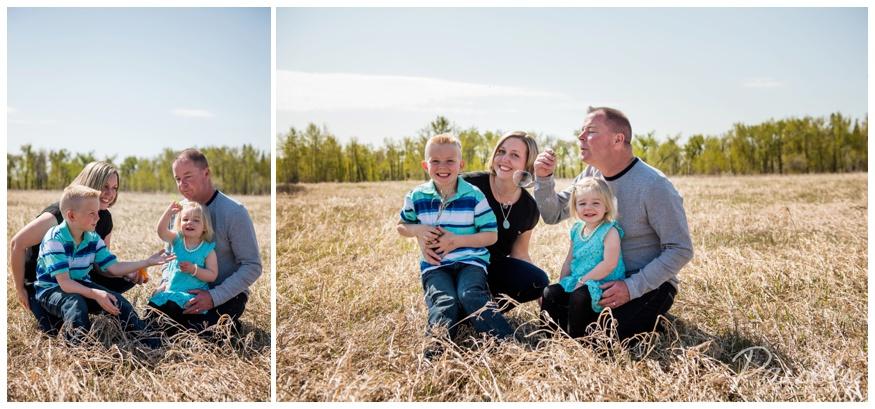 Bubble Fun Family Photography Alberta