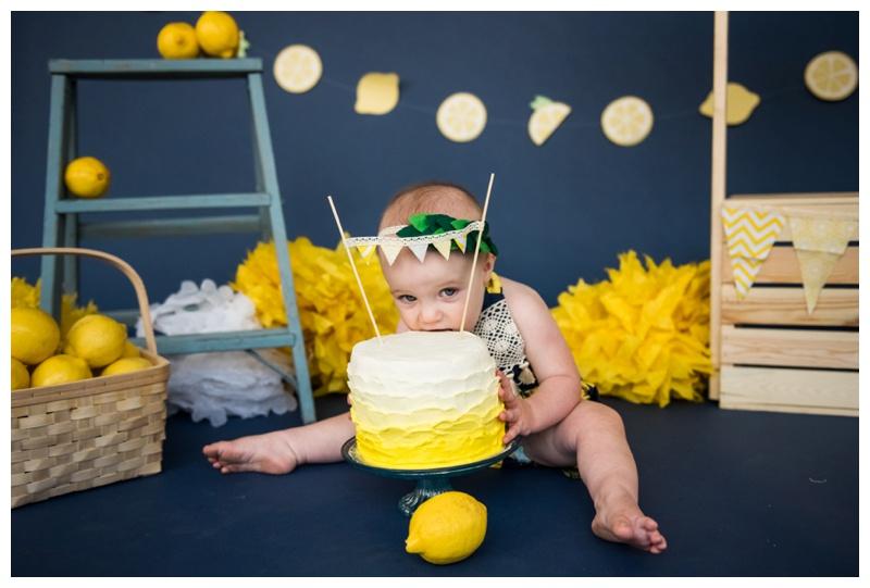 Cake Smash Photographer Calgary