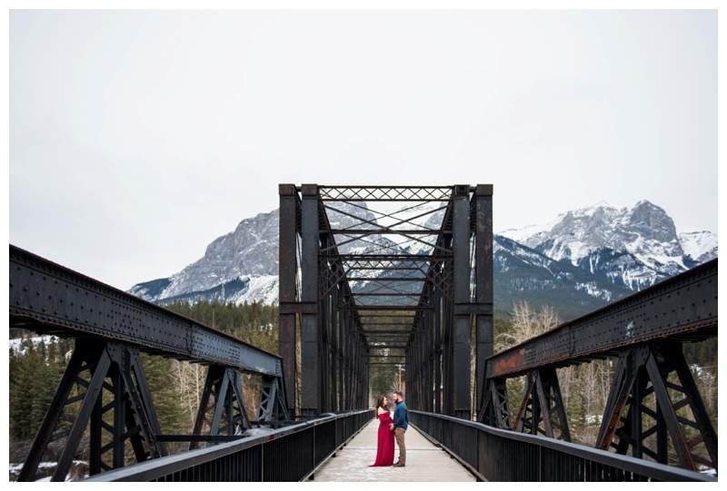 Canmore Winter Maternity Photos
