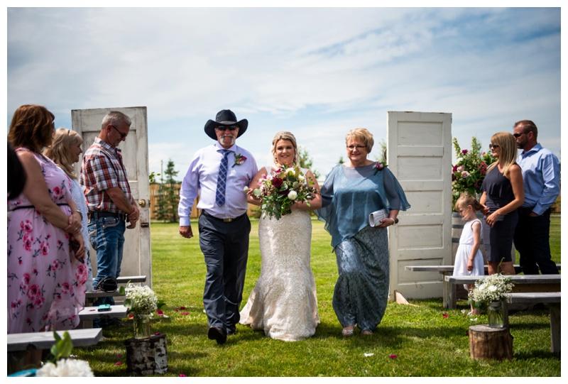 Willow Lane Barn Wedding Ceremony Photographer