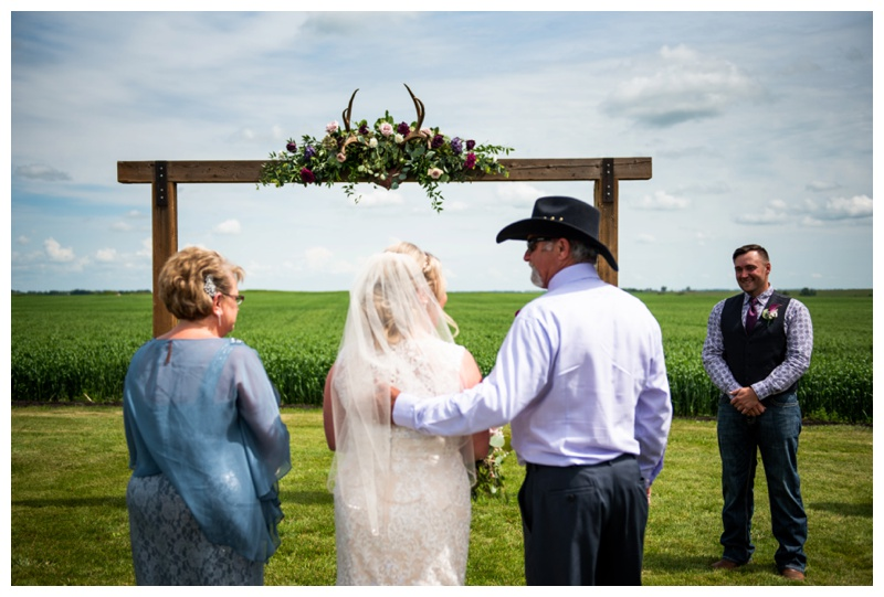 Willow Lane Barn Wedding Ceremony Photographers