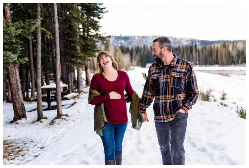 Calgary Winter Maternity Photographers