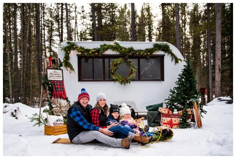 Calgary Christmas Mini Session Photographer