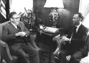 Kissinger_Washington_Junio_76_big