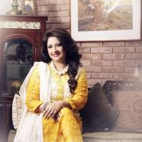 Atiqa Odho yellow dress