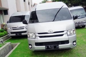 Sewa Toyota Hiace Murah Bandung