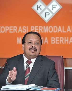 Ketua Eksekutif Koperasi Permodalan Felda Malaysia Berhad (KPF), Mazlan A Talib semasa ditemuramah oleh wartawan BERNAMA di pejabatnya di sini, baru-baru ini.
