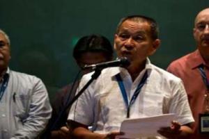 Ketua Pegawai Eksekutif Kumpulan MAS, Ahmad Jauhari Yahya ketika sidang media di KLIA