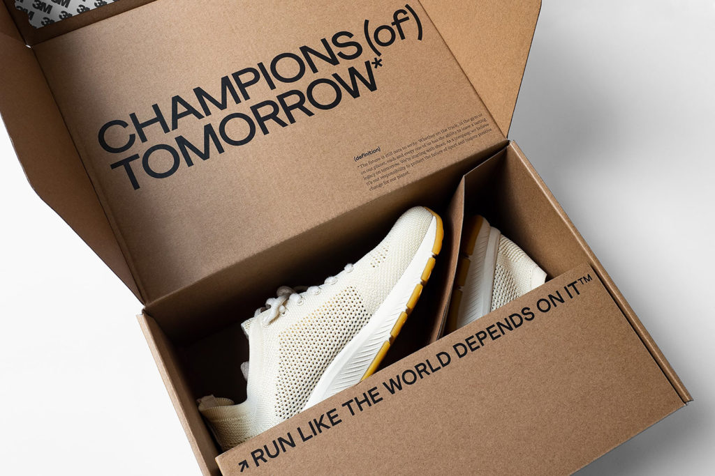 hylo shoe custom packaging with unique experience