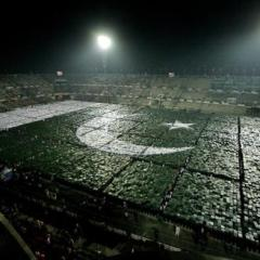 Pakistan breaks World record for largest human flag in Lahore