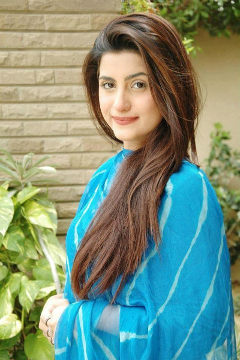 Best Pakistani Girl Wallpapers Hot And Sexy Pakistani Girls Pictures And Wallpapers