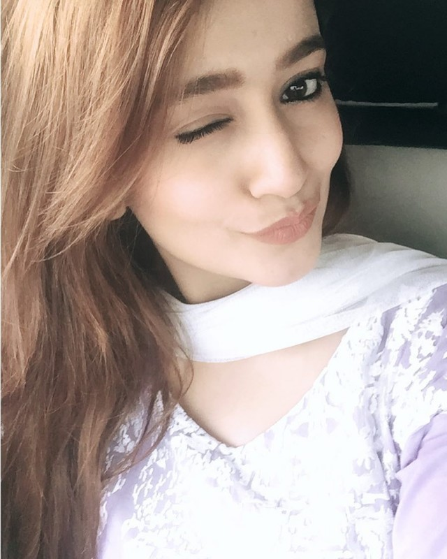 cute kitchen gadgets round table and chairs zarnish khan biography, dramas, height, age, family, net worth