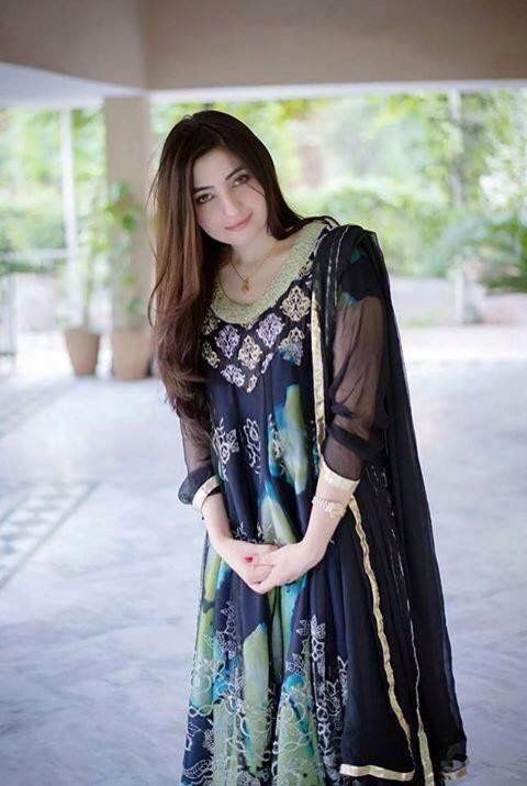 Film Actress Hd Wallpapers Gul Panra Biography Albums Height Age Family Net Worth