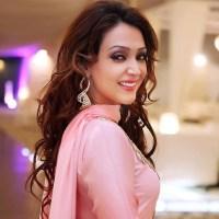 Amna Karim pictures album