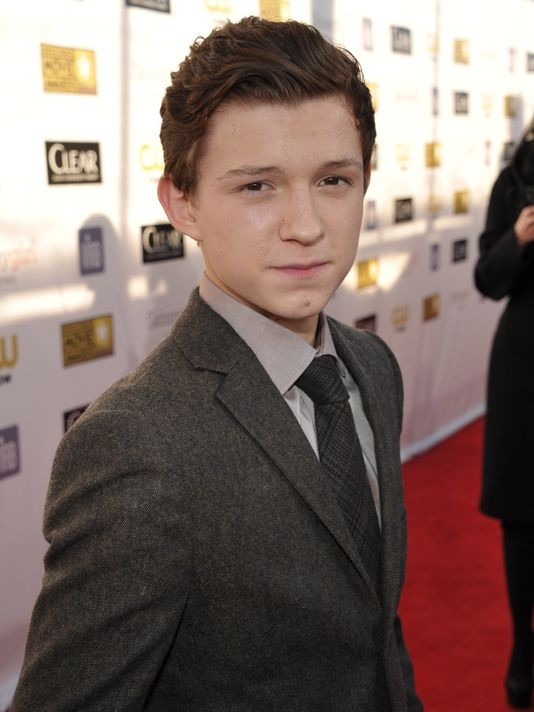 Tom Holland Movies List Height Age Family Net Worth