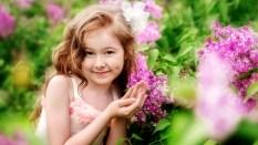 children_girl_flirt_smile-1920x1080