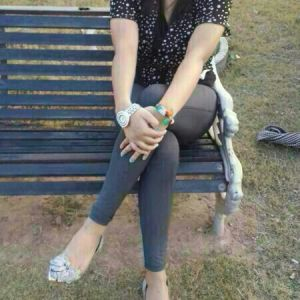 Penny works for VIP Lahore Escorts