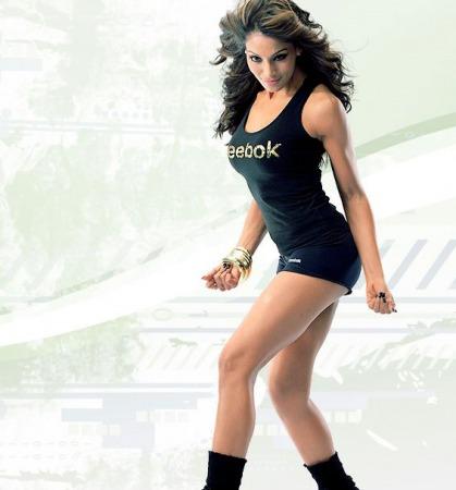 bipasha-basu-hot-workout-pictures