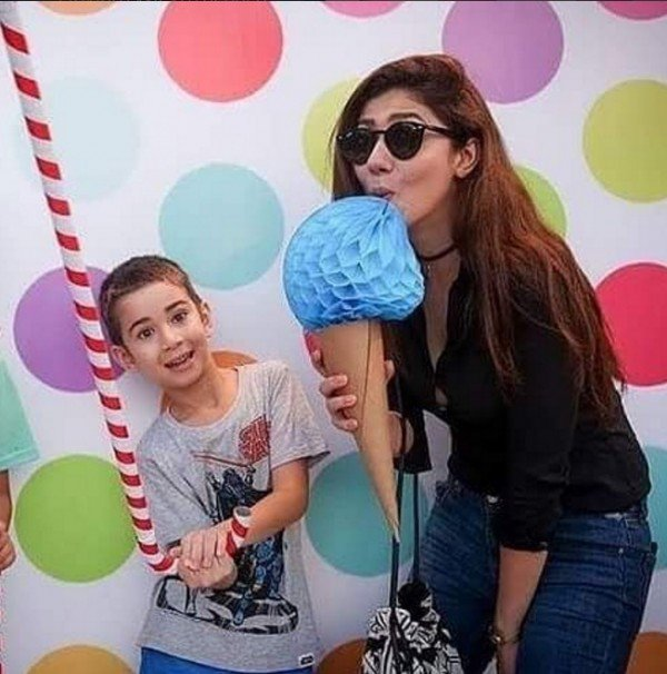 Mahira Khan and her Son