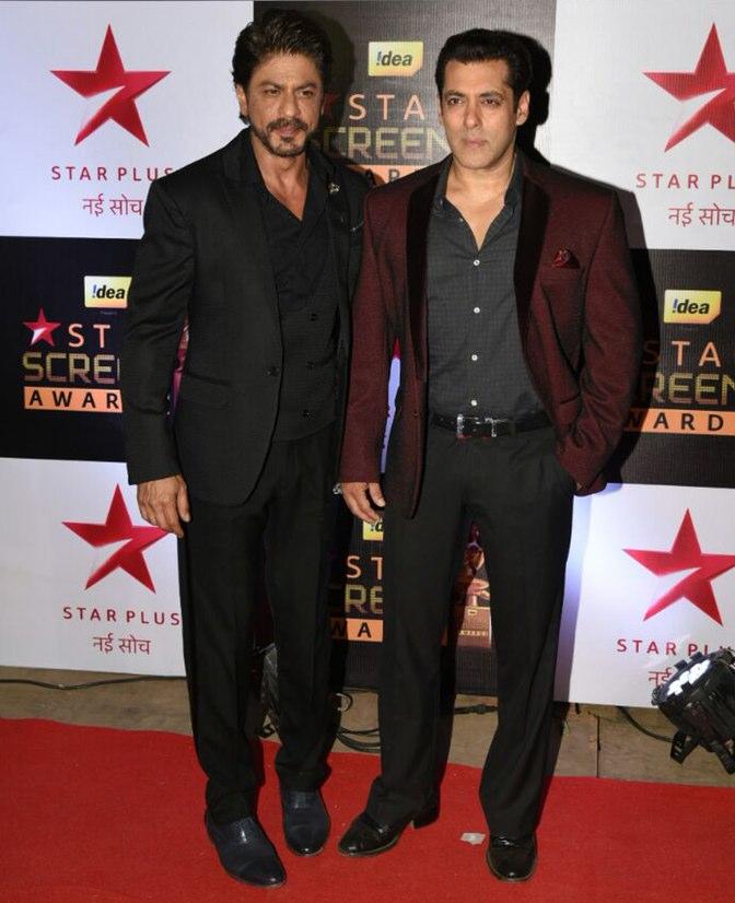 Salman Khan and Shah Rukh Khan at star screen awards