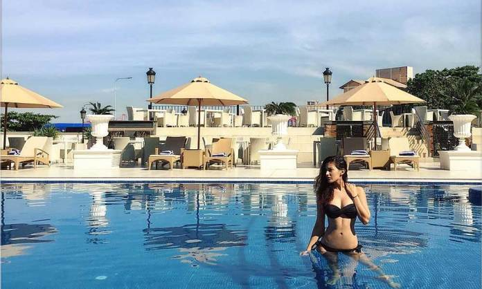Amyra-Dastura-Bikini