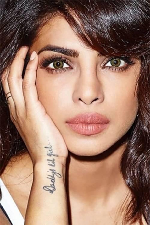 Priyanka-Chopra-With-Attractive-Wrist-Tattoo