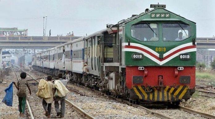 Pakistan Railways restores service to Quetta Railway Station