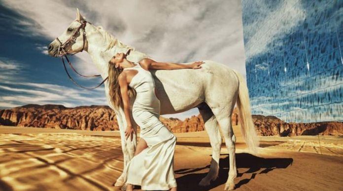 Kate Moss Photoshoot for MONOT Saudi Arabia under Heat
