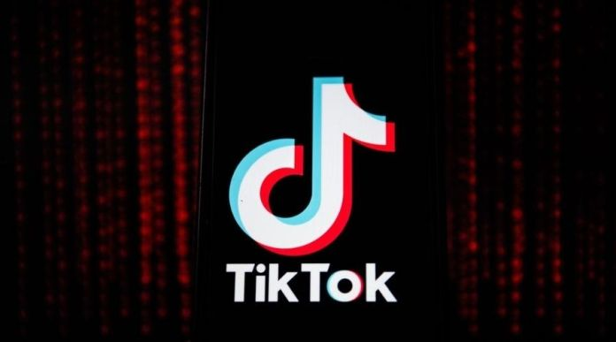 Man in Lahore falls from fourth floor while shooting TikTok video