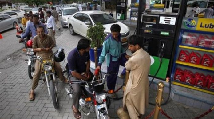 Petrol Prices in Pakistan Increased up to Rs 100.10/liter in 2020, Further 7 PKR to be increased
